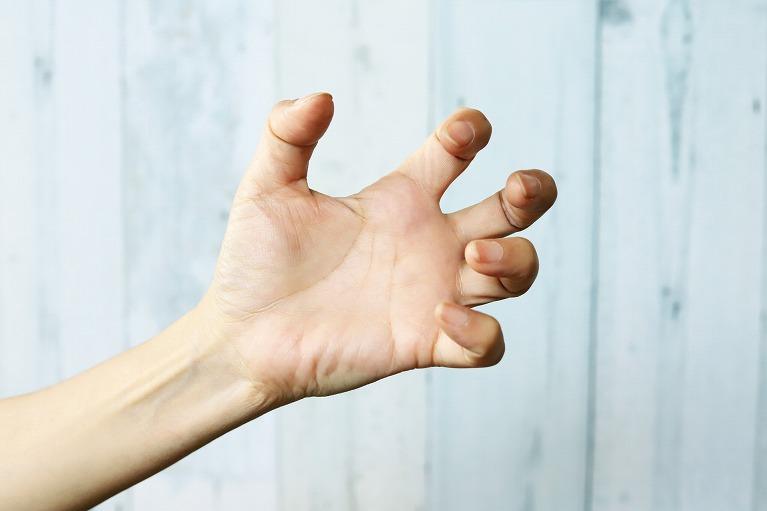 指の痛み・変形